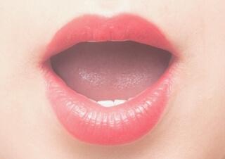 女性の口の中は膣と同じ粘膜